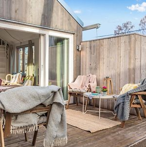 Newly Built House Close To Stockholm City Center And Surrounded By Nature photos Exterior