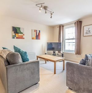 Pass The Keys Spacious And Central Flat, Sleeps 5 With Free Parking! photos Exterior