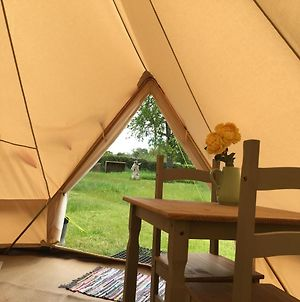 Glamping At The Homestead - Ensuite Bell Tent photos Exterior