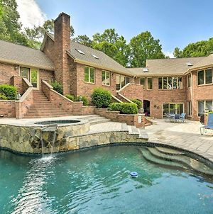 Luxe Mooresville Manor With Pool And Lake Access! photos Exterior