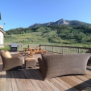 Pet Friendly, Sleeps 22, 48-Hour Cancellation, Breathtaking Views With Hot Tub - Earhart photos Exterior