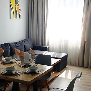 Three Bedroom Apartment Sea Holidays In The Center Of Burgas photos Exterior
