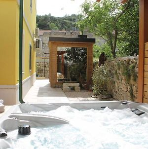 Room In Skradin With Balcony, Air Conditioning, Wifi, Washing Machine photos Exterior