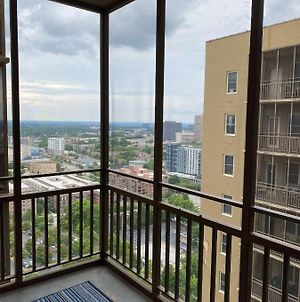 High Floor Traditional Style Studio with Balcony in DOWNTOWN ATL photos Exterior