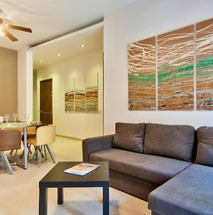 Few Minutes From The Strand Gzira 3-Bedroom Apartment photos Exterior