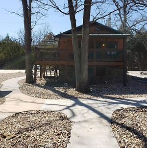 Cave Lane One Bedroom Cabin photos Exterior