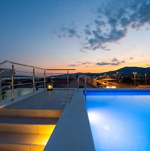 Luxury Residence Danica With A Private Rooftop Pool photos Exterior