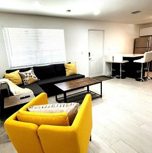 Brand New! 2Bed 1 Bath Home With Free Gated Parking photos Exterior
