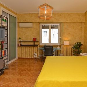 Athens Stylish Studio In Front Of Syntagma Metro Stop For 2 photos Exterior