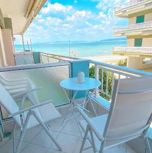 A Wonderful Apartment In Front Of The Sea! photos Exterior