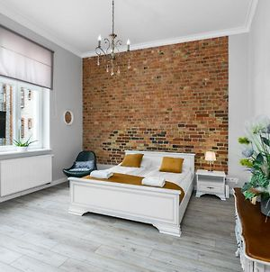Poznan Old Town Studio By Renters photos Exterior