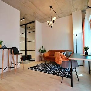 Cosy Old Town Flat In A Modern Apt. Block photos Exterior