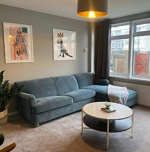 Comfy Home With Netflix W/ Access To C. London photos Exterior