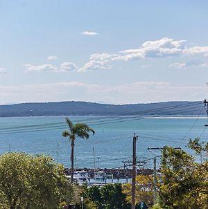 23 'The Commodore' 9 11 Donald Street Delightful Unit With Gorgeous Water Views photos Exterior