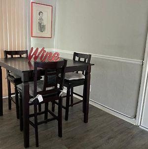 Private 2 Bedroom With Directtv And Wifi photos Exterior