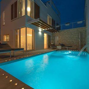 Holiday House Sunny Bo With A Pool And Roof Terrace photos Exterior