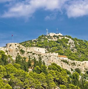 Studio Apartment In Hvar Town With Sea View, Terrace, Air Conditioning, Wi-Fi photos Exterior