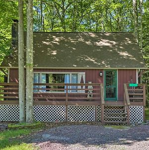 Quaint Lake Cottage With Pool And Beach Access! photos Exterior