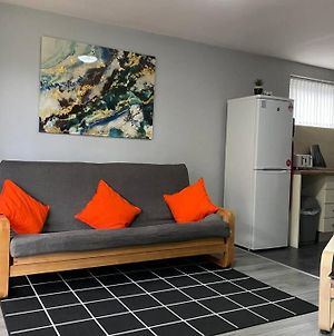 Manchester Apartment For 4 Guests Perfect For Keyworkers! photos Exterior