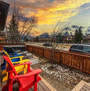Private Hot Tub - 2 Bedroom Mountain View- Families Only photos Exterior