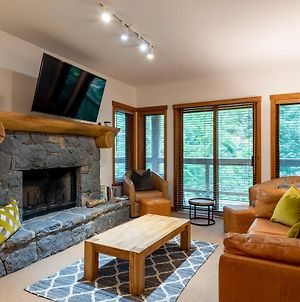 Creekside Ski In Ski Out Fully Equipped Townhome With Communal Pool And Hot Tub photos Exterior