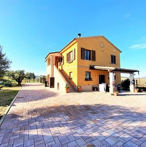 Traditional Holiday Home In Recanati With A Private Pool photos Exterior
