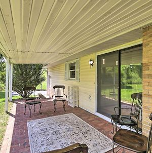 Bluefield Retreat With Pool Table Near Parks! photos Exterior
