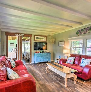 Renovated Bay City Cabin With On-Site Dock! photos Exterior