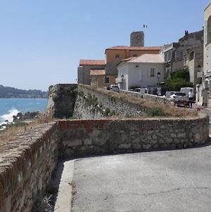 Charming Apartment In The Heart Of Antibes photos Exterior
