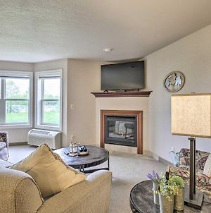 Lakefront Birchwood Condo With Pool And Hot Tub! photos Exterior