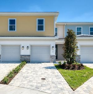 Inviting Townhouse With Patio - 856Dr photos Exterior