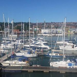 Marina Flat With Fab View, South Facing Balcony, Private Parking And Wifi photos Exterior