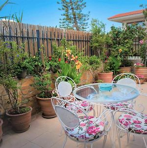 Spitaki Ierapetra - The Little House In Ierapetra! With A Yard, Flowers, And Just 2 Minutes From The Sea On Foot! photos Exterior