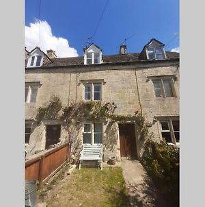 Charming 2 Bedroom Cotswold Stone Cottage photos Exterior