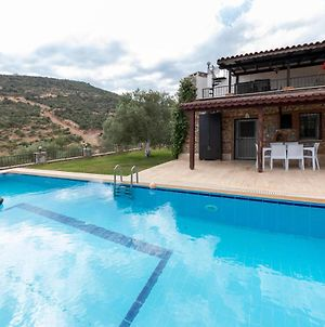 Splendid Villa With Private Pool Surrounded By Nature Near Milas-Bodrum Airport photos Exterior