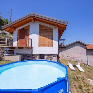 Lesa Country With Pool photos Exterior