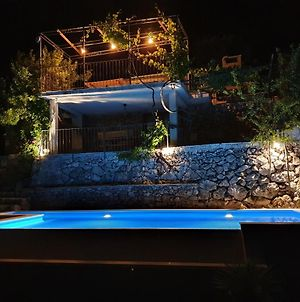 Villa Jerkovic-Secluded House With Pool photos Exterior