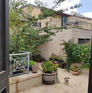 Cozy Zimmer In The Mountains Of Jerusalem photos Exterior