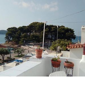 Urania Town House, The Most Central House In Skiathos Town, Right On The Sea photos Exterior