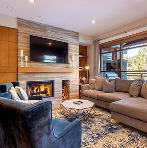 Ultimate Mountain Luxury Townhome Featuring Private Hot Tub And Media Room photos Exterior