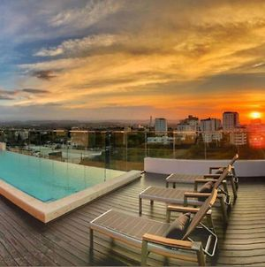 Amazing Rooftop With The Best View Of The City - Soha Suites II photos Exterior