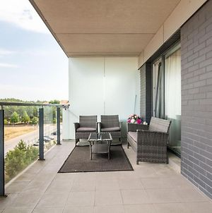 2 Pines Apartment, By Cohost photos Exterior