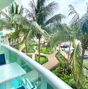 Miami Hollywood New Two Bedroom With Garden View 002-21Mar photos Exterior