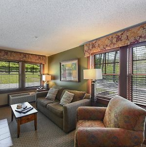 A126 - King Bedroom Suite On 1St Floor With Free Wifi! photos Exterior