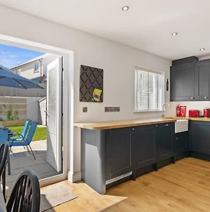 Park Gardens - Lovely Cottage, Parking, Central Location photos Exterior