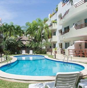 Entire Apartment With Pool View 2 Bedrooms For 5 People photos Exterior
