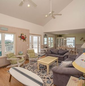 4 Bedroom Beach Home On 3Rd Row With Breathtaking Views From Every Bedroom Balcony Awaits! photos Exterior