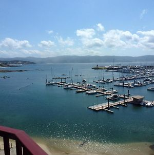 Apartment With 3 Bedrooms In Sanxenxo With Wonderful Sea View And Furnished Terrace 50 M From The Beach photos Exterior