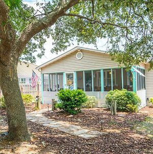 3 Bedroom 2Ba Beach Home Located In The Heart Of Oki Just Two Blocks From The Beach photos Exterior