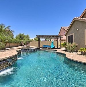 Desert Retreat With Outdoor Oasis And Pool Table! photos Exterior
